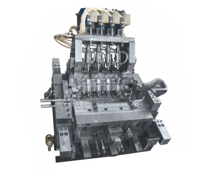 汽480缸盖重力浇注模具